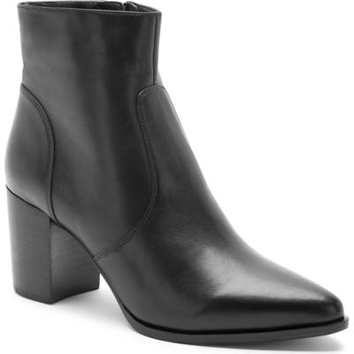 Blondo Tania Waterproof Bootie, Black