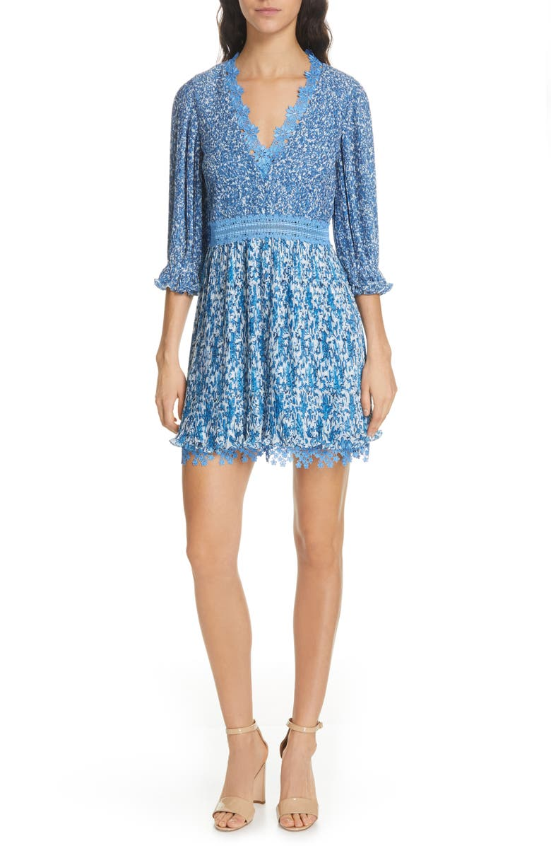 ALICE + OLIVIA Jonna Plissé V-Neck Dress, Main, color, 400