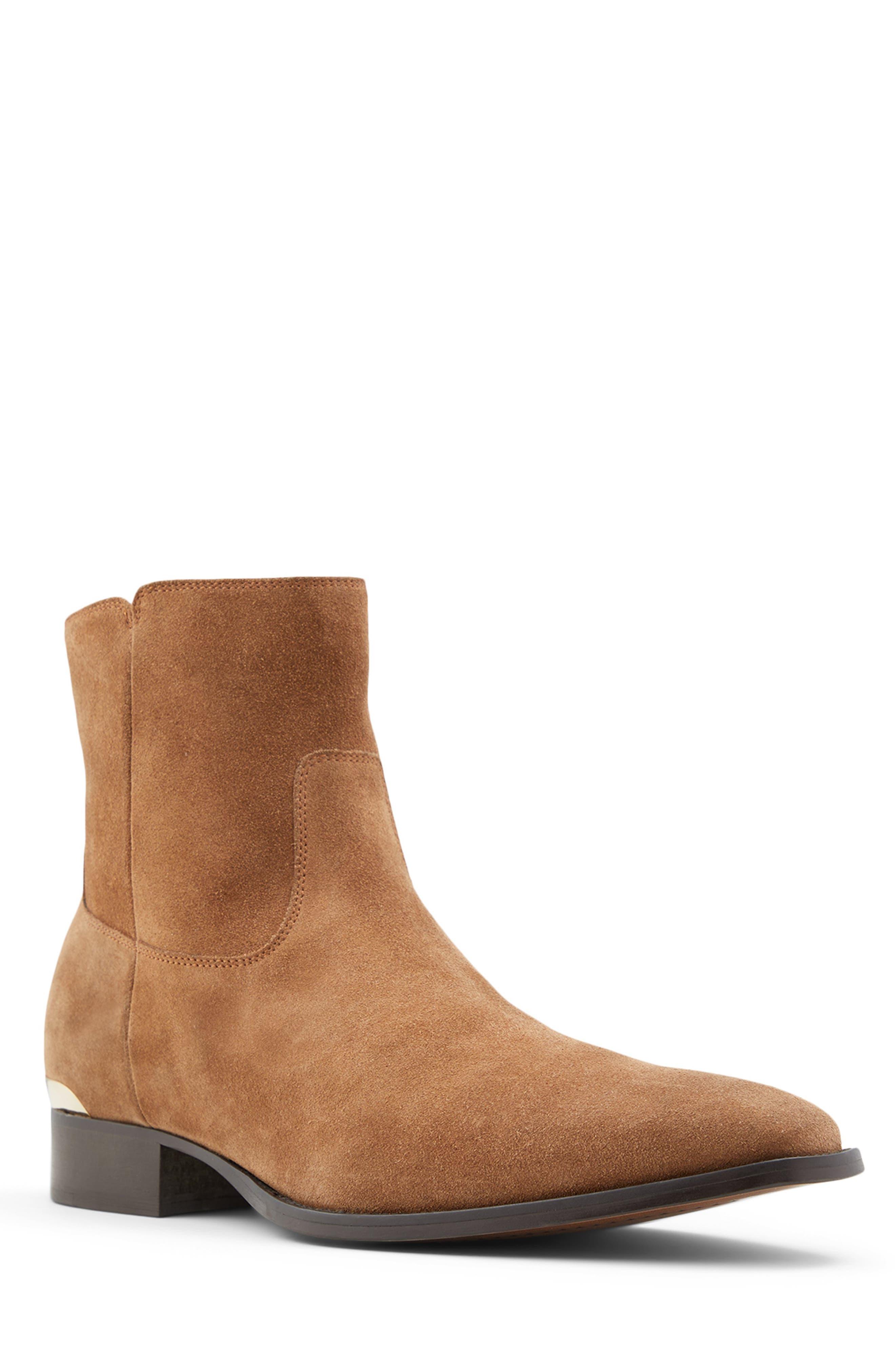 Vardode Boot