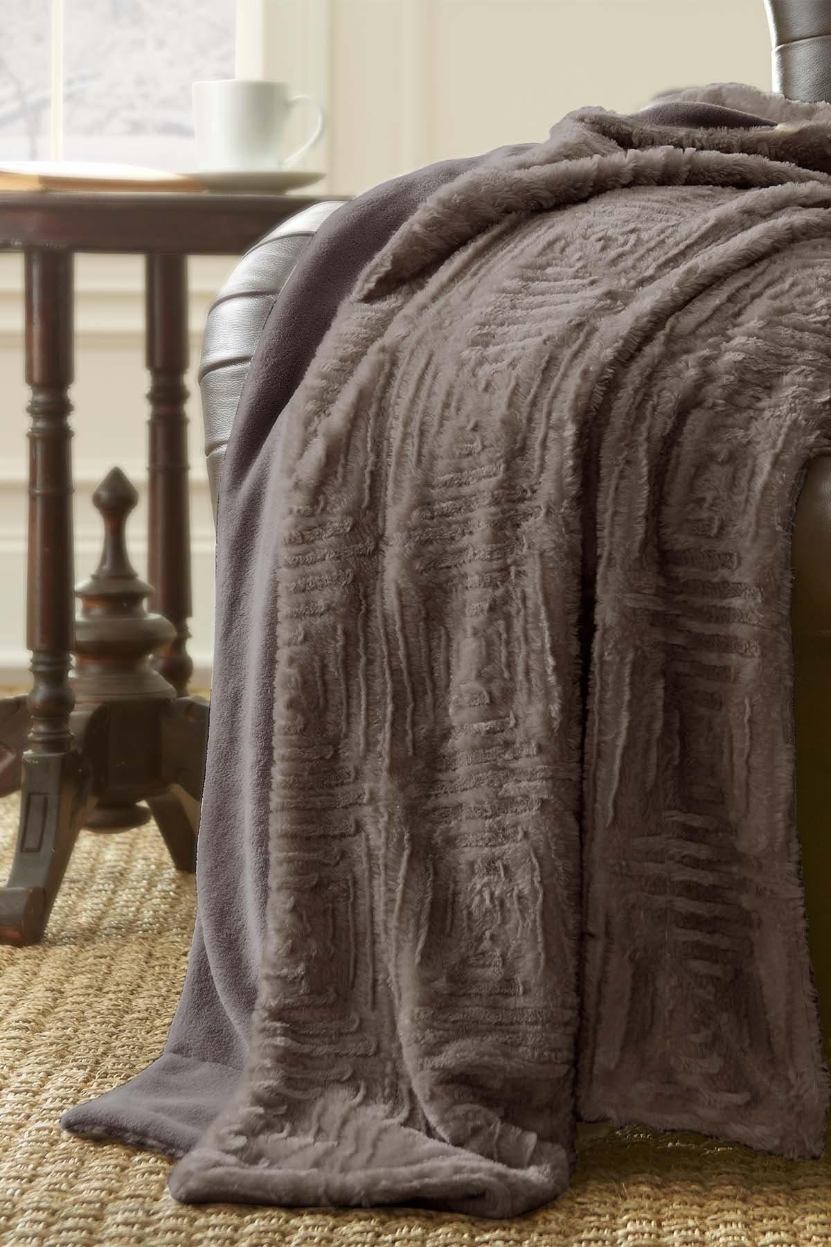 Modern Threads Luxury Faux Fur Throw - Dark Gray at Nordstrom Rack