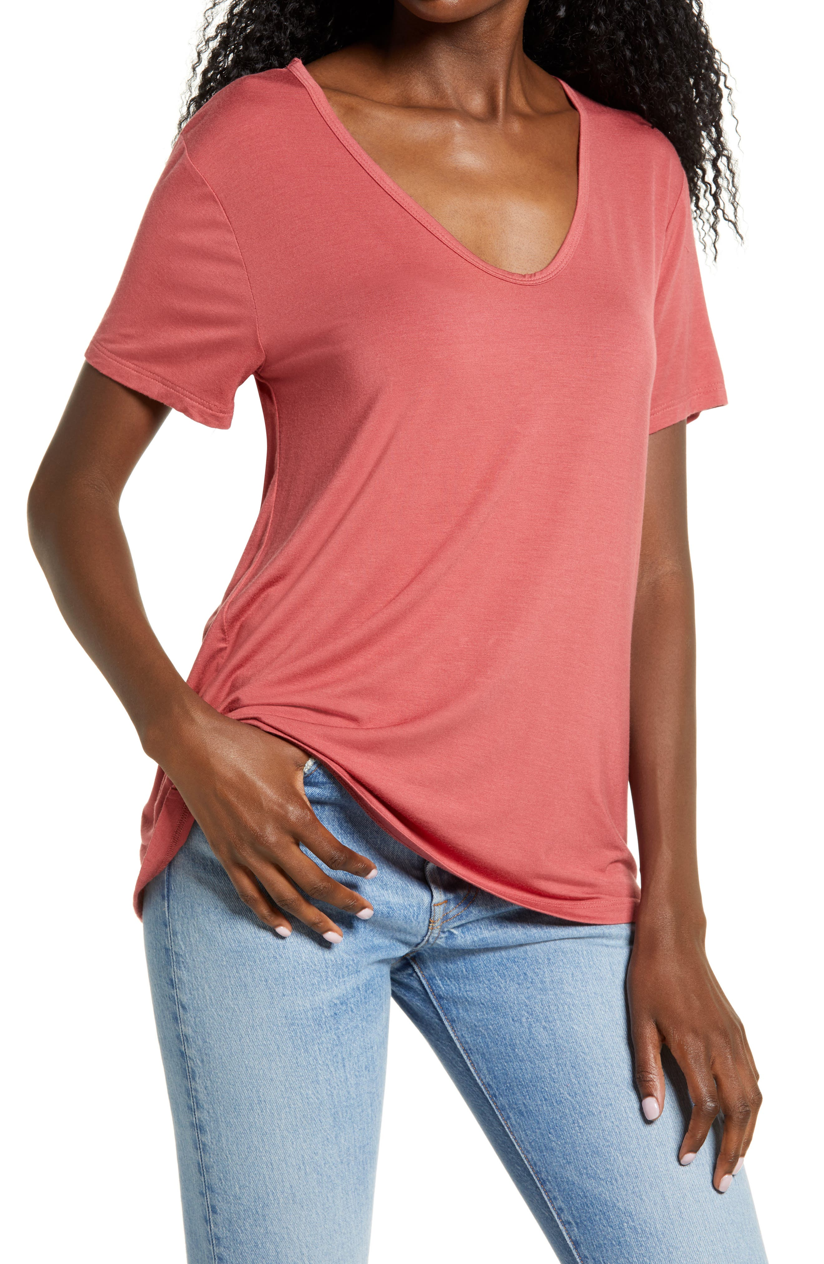 This soft V-neck T-shirt is the timeless essential your closet needs. Style Name: All In Favor V-Neck T-Shirt. Style Number: 6051341. Available in stores.