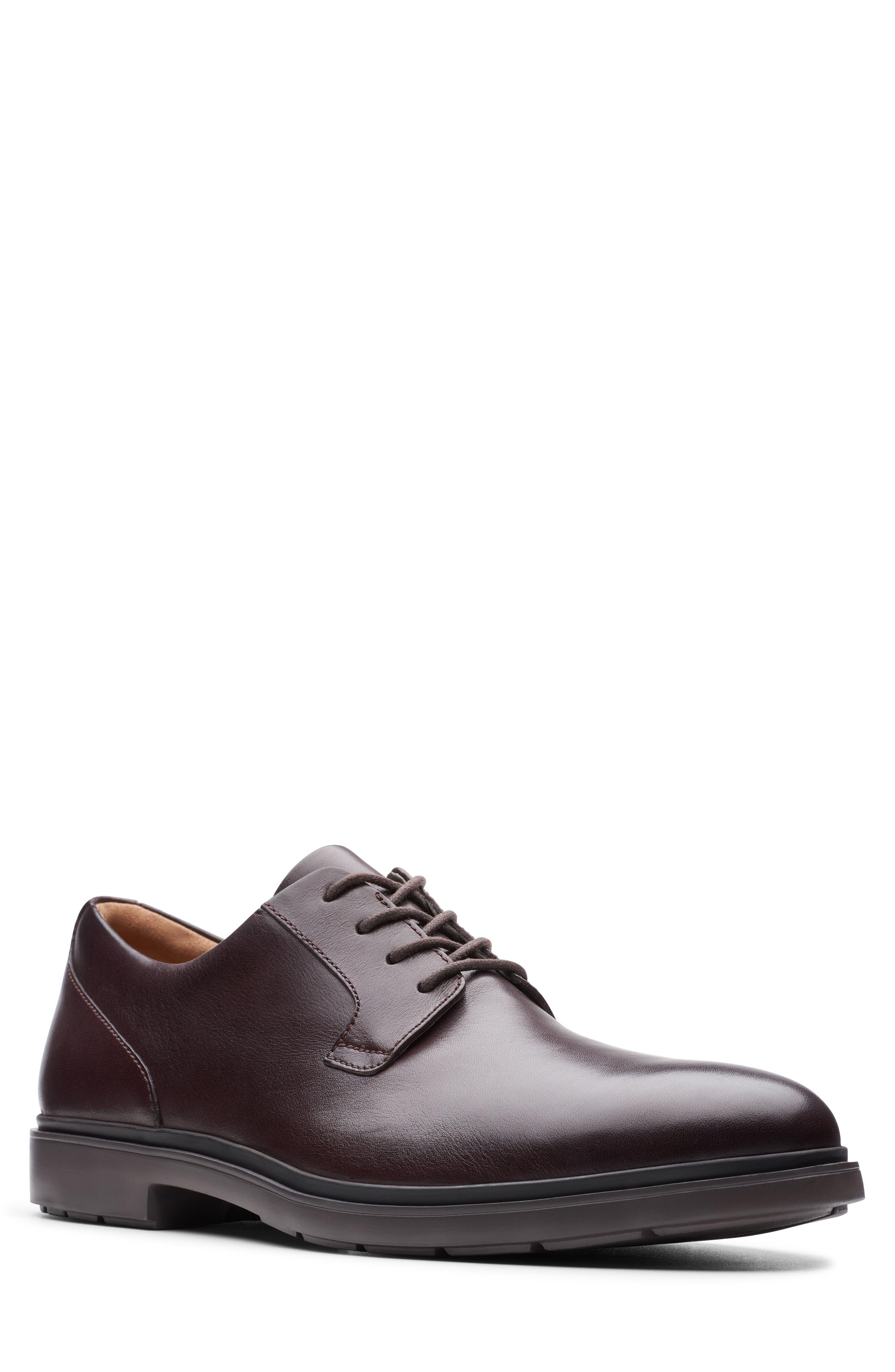 Men's Clarks Un Tailor Plain Toe Derby