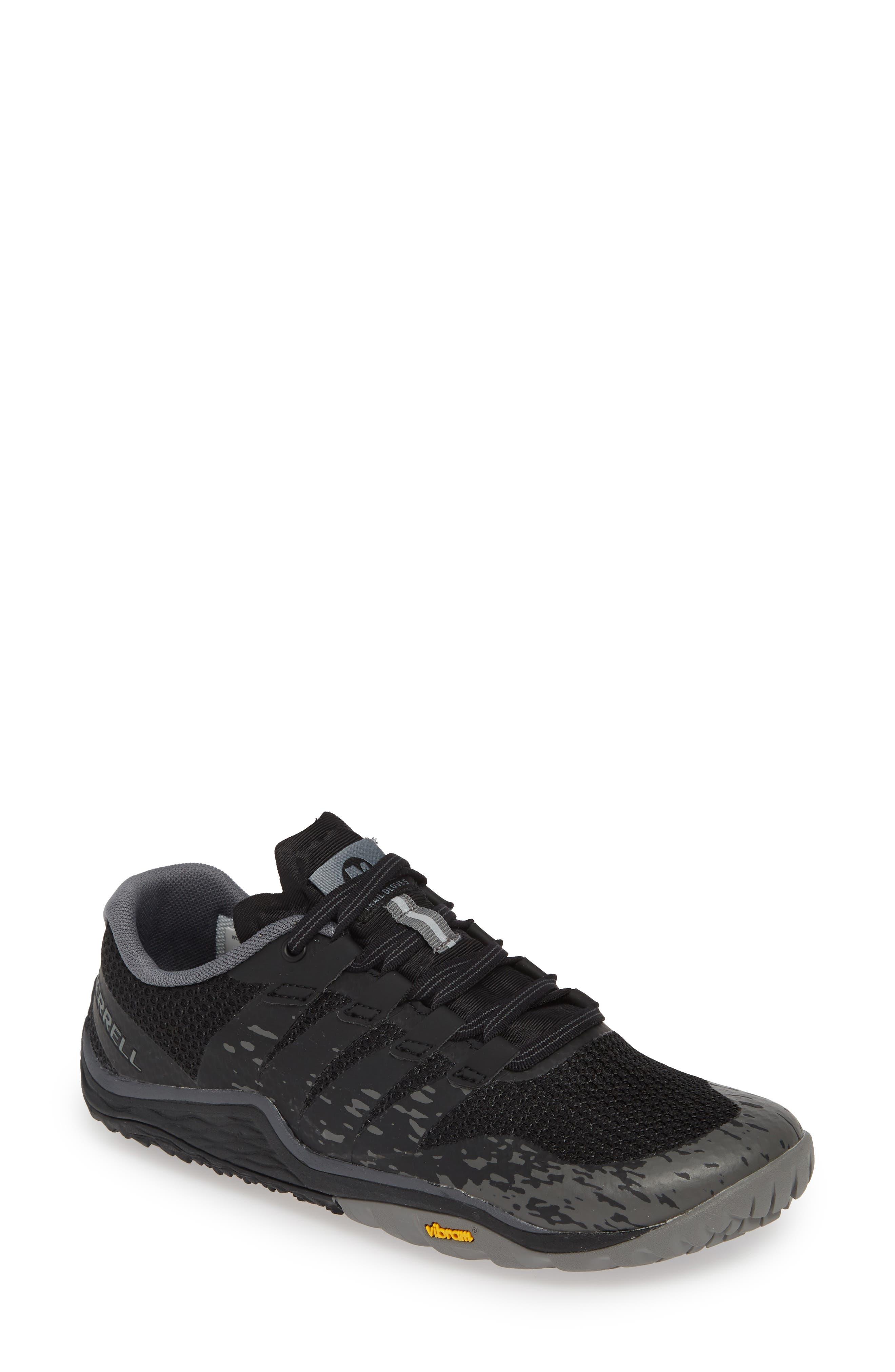 Image of Merrell Trail Glove 5 Sneaker