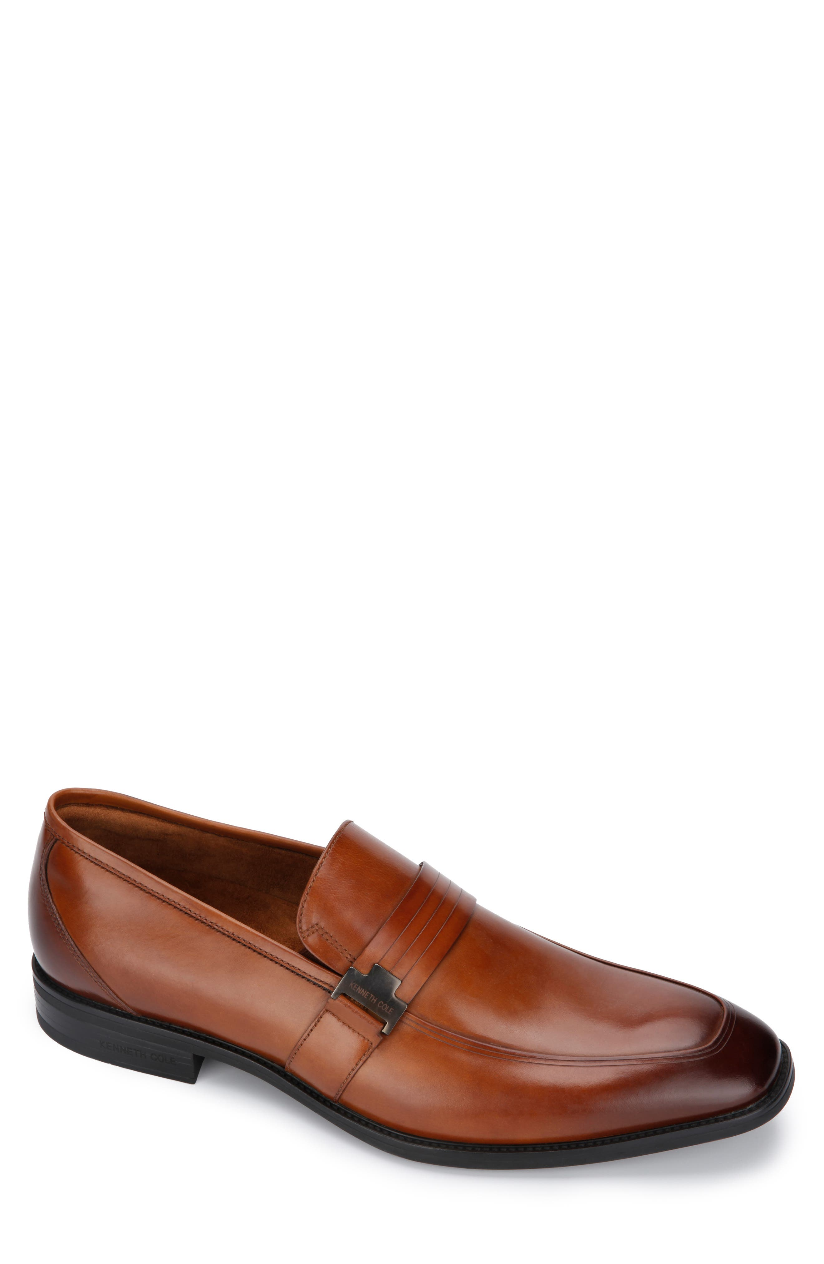 Image of Kenneth Cole New York Ticketpod Buckle Slip-On Loafer