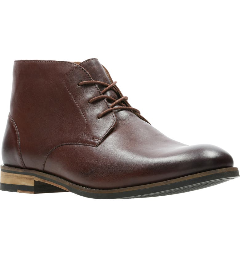 CLARKS<SUP>®</SUP> Flow Top Chukka Boot, Main, color, BRITISH TAN LEATHER