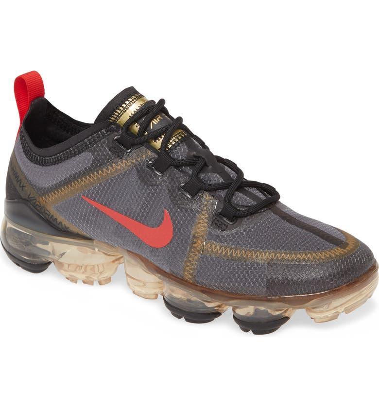 NIKE Air VaporMax 2019 Sneaker, Main, color, BLACK/ METALLIC GOLD/ RED