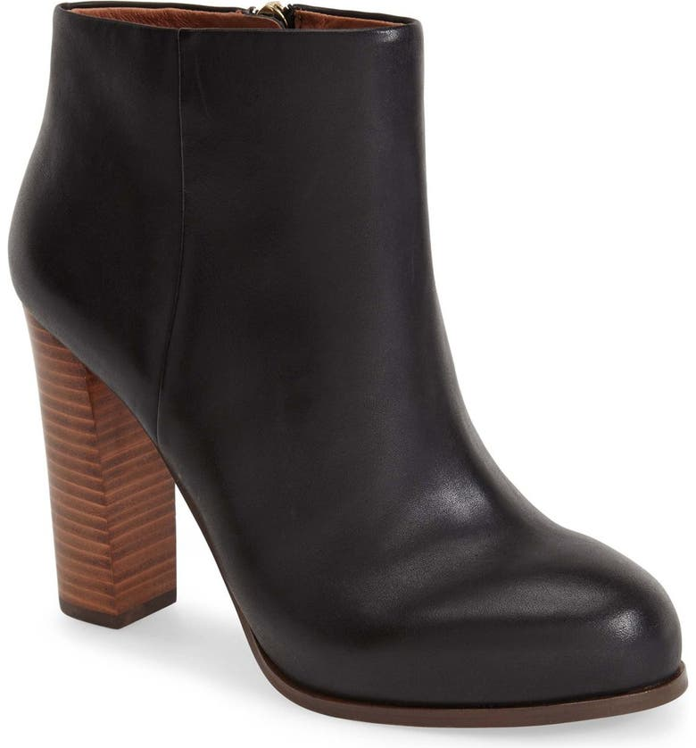 VINCE CAMUTO 'Grenadine' Bootie (Women), Main, color, 001
