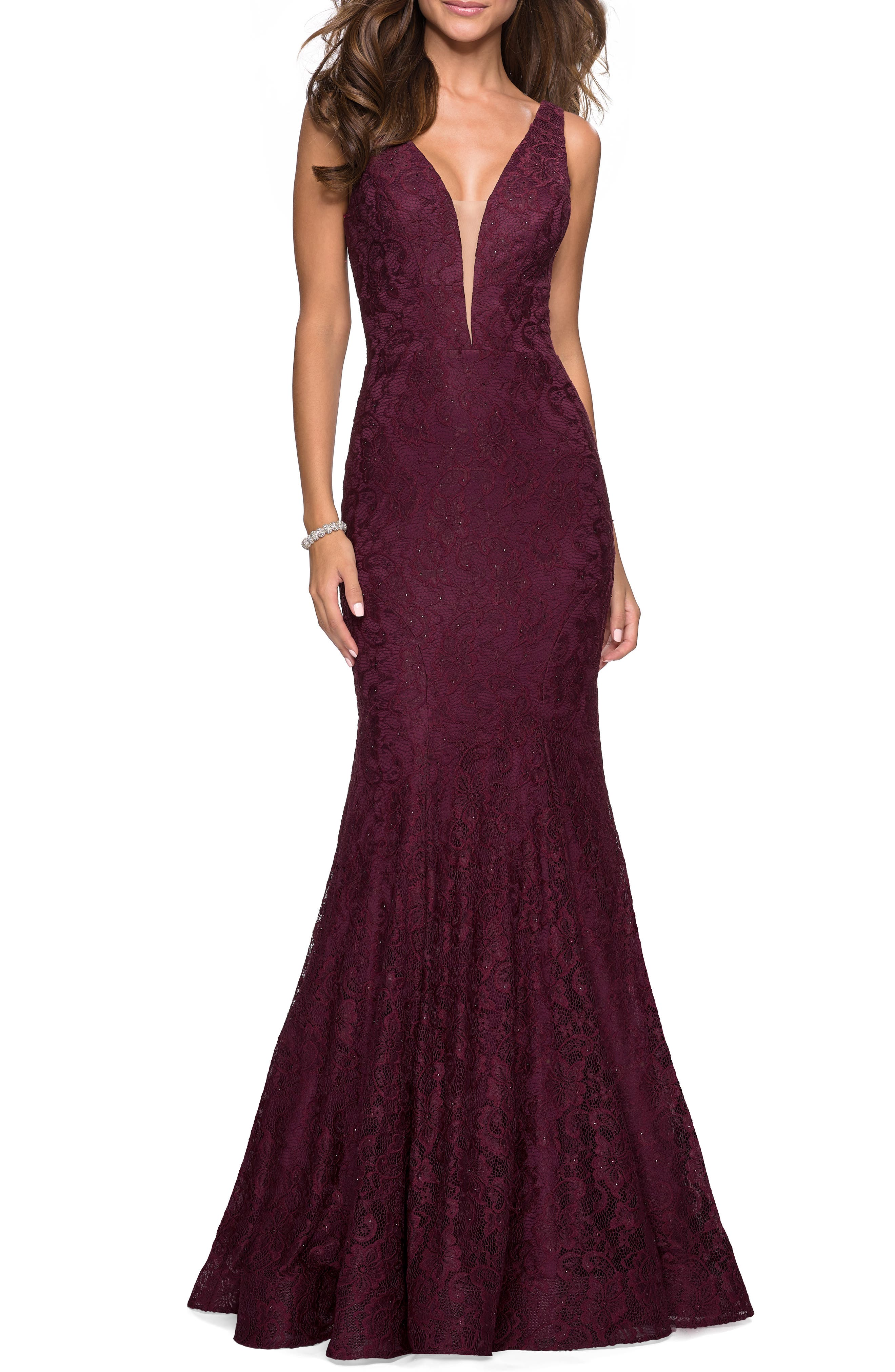La Femme Plunge Neck Lace Evening Dress With Train, Red