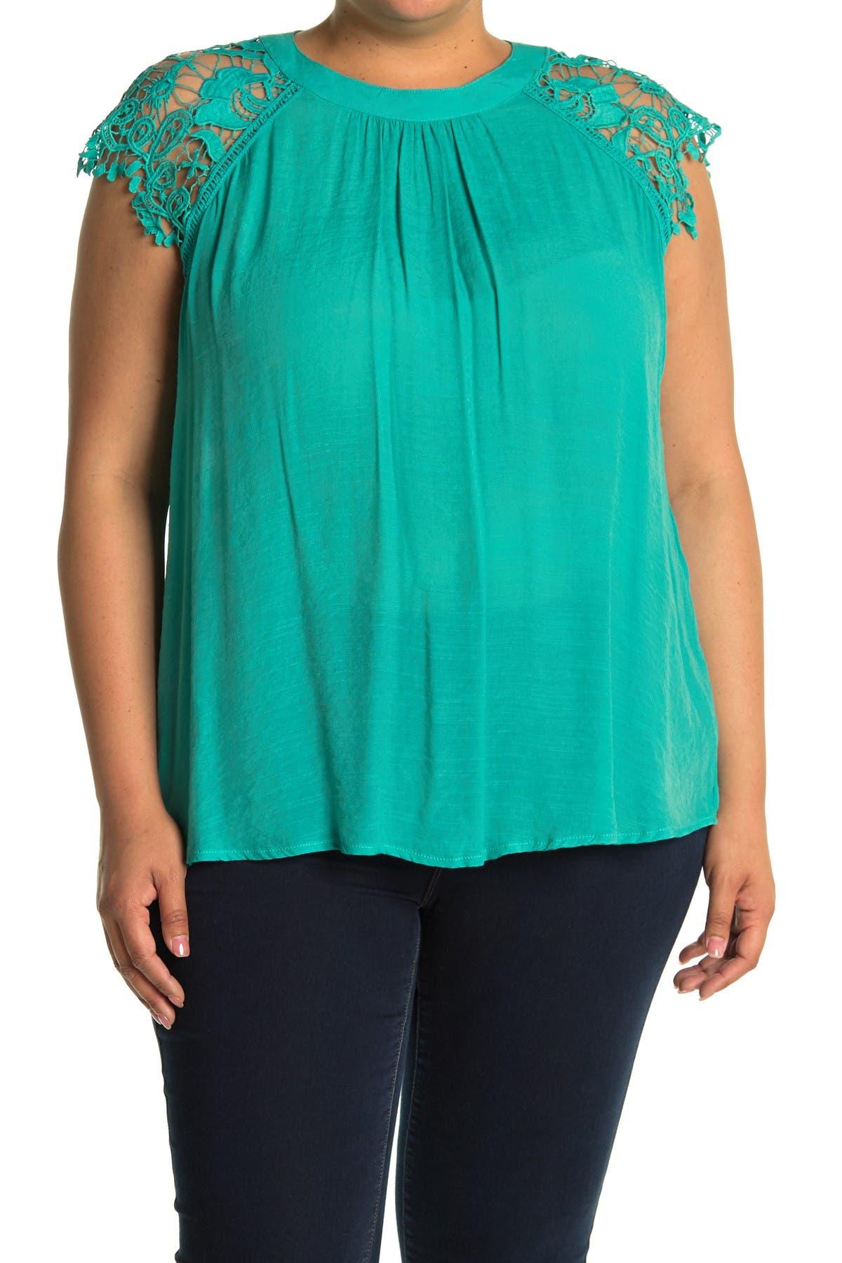 Image of Forgotten Grace Crochet Lace Sleeve Top