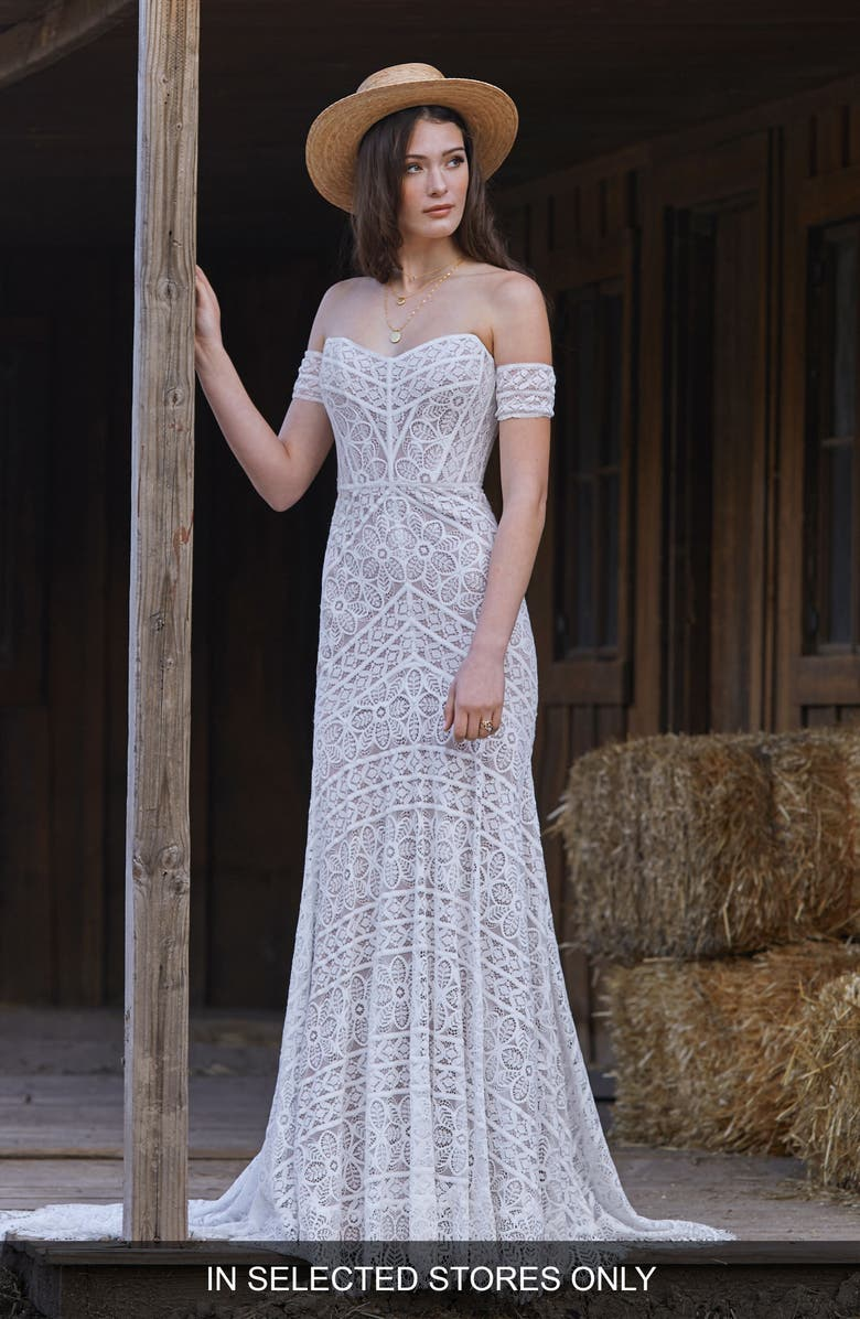 WILLOWBY Nala Off the Shoulder Lace Wedding Dress, Main, color, IVORY/ SUNKISS