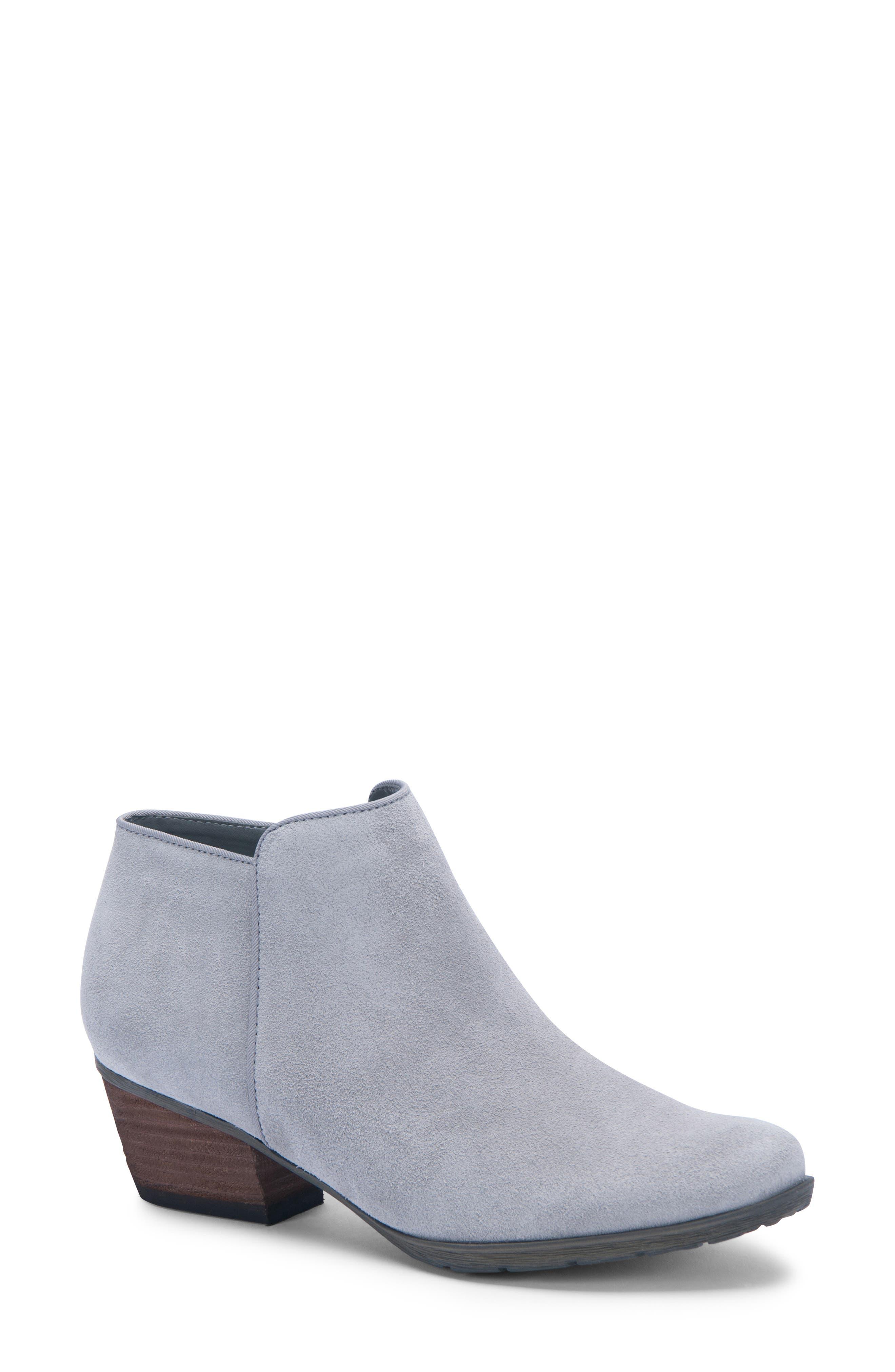 Blondo Villa Waterproof Boot, Grey