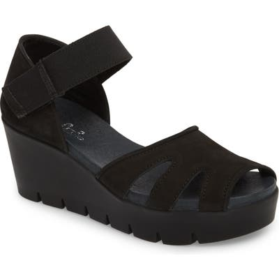 Bos. & Co. Sharon Platform Wedge Sandal, Black