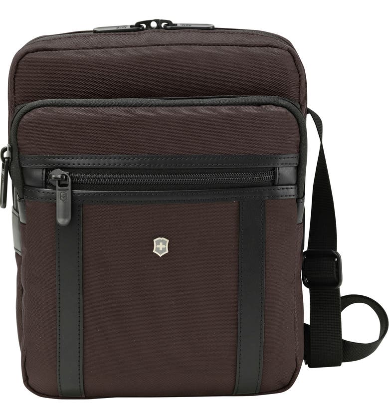 VICTORINOX SWISS ARMY<SUP>®</SUP> Victorinox Swiss Army Werks Pro 2.0 Crossbody Tablet Bag, Main, color, BROWN