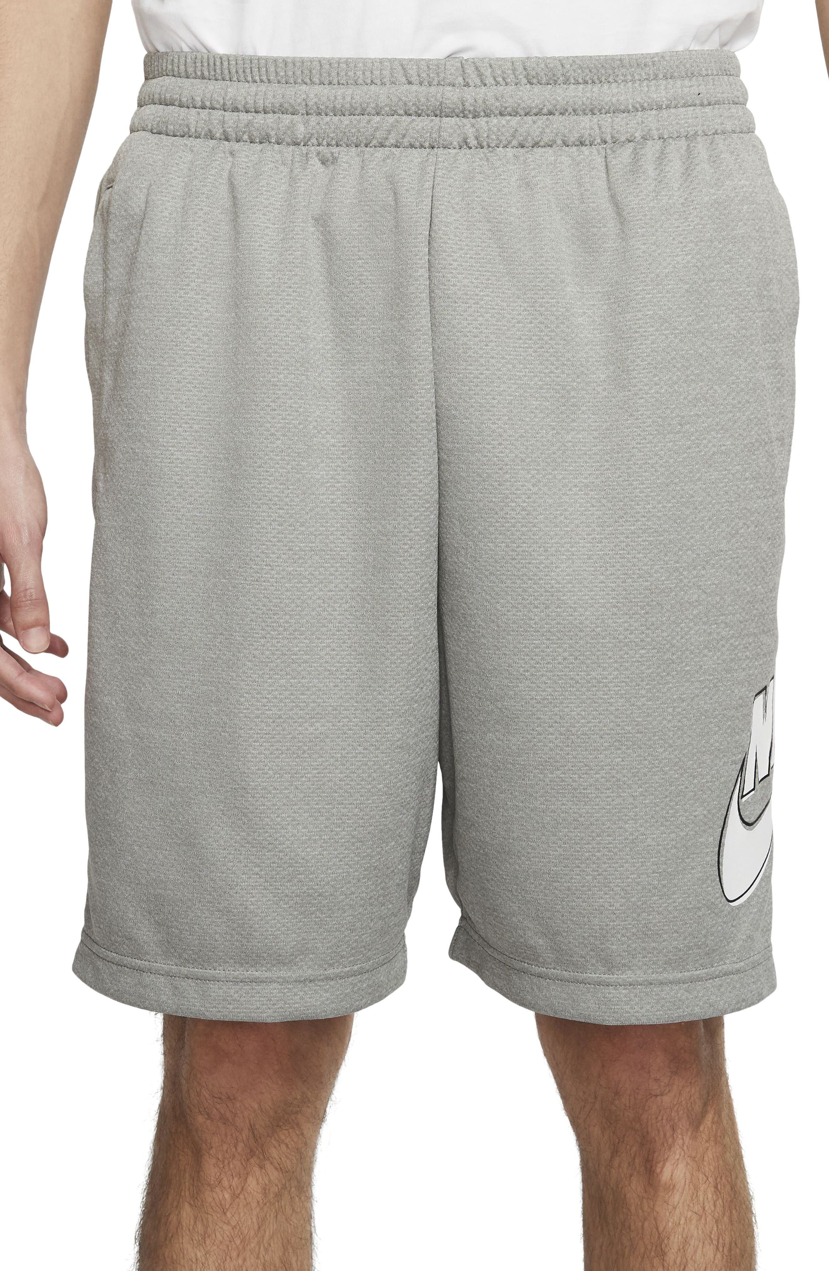 The sweat-wicking fabric of these shorts keeps you dry all day while the adjustable waistband lets you secure the fit whether you\\\'re on the go or laying low. Style Name: Nike Sb Sunday Dri-Fit Skate Shorts. Style Number: 5901209. Available in stores.
