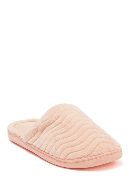 Image of Kensie Quilted Slipper