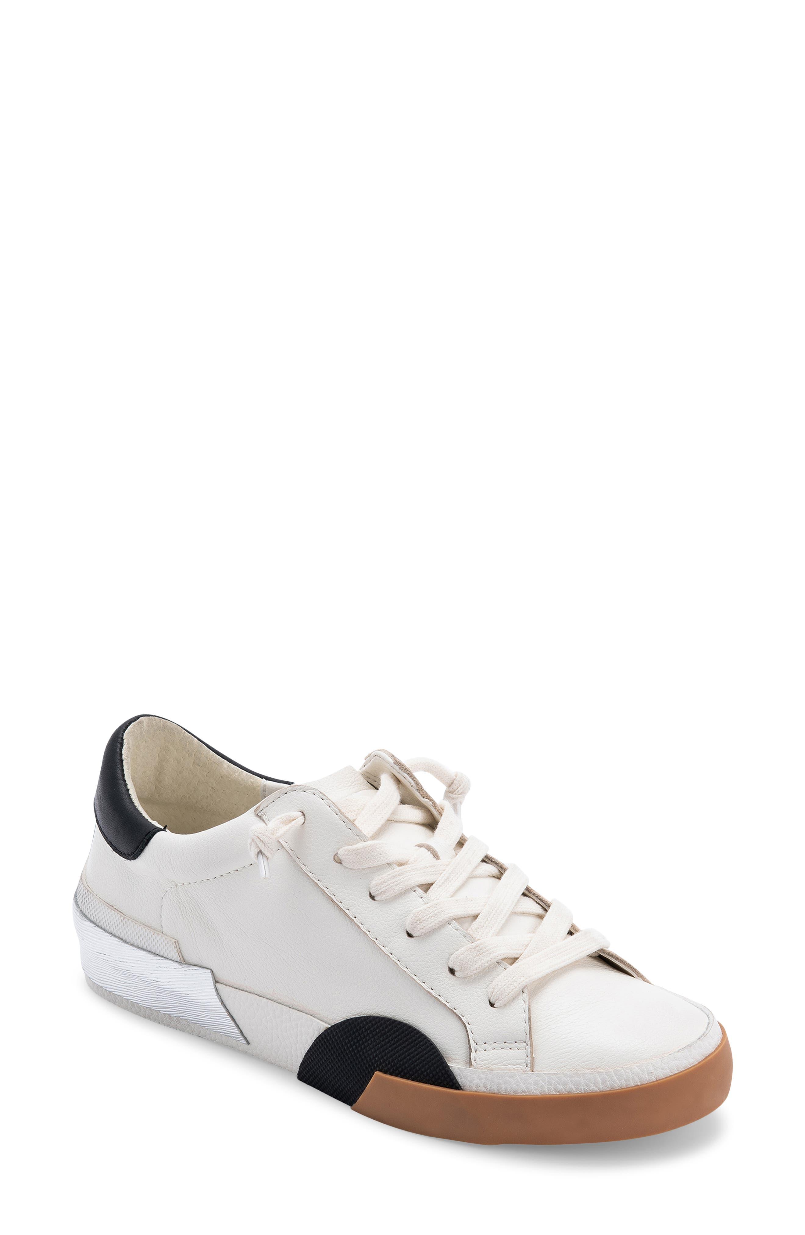 Zina Sneaker