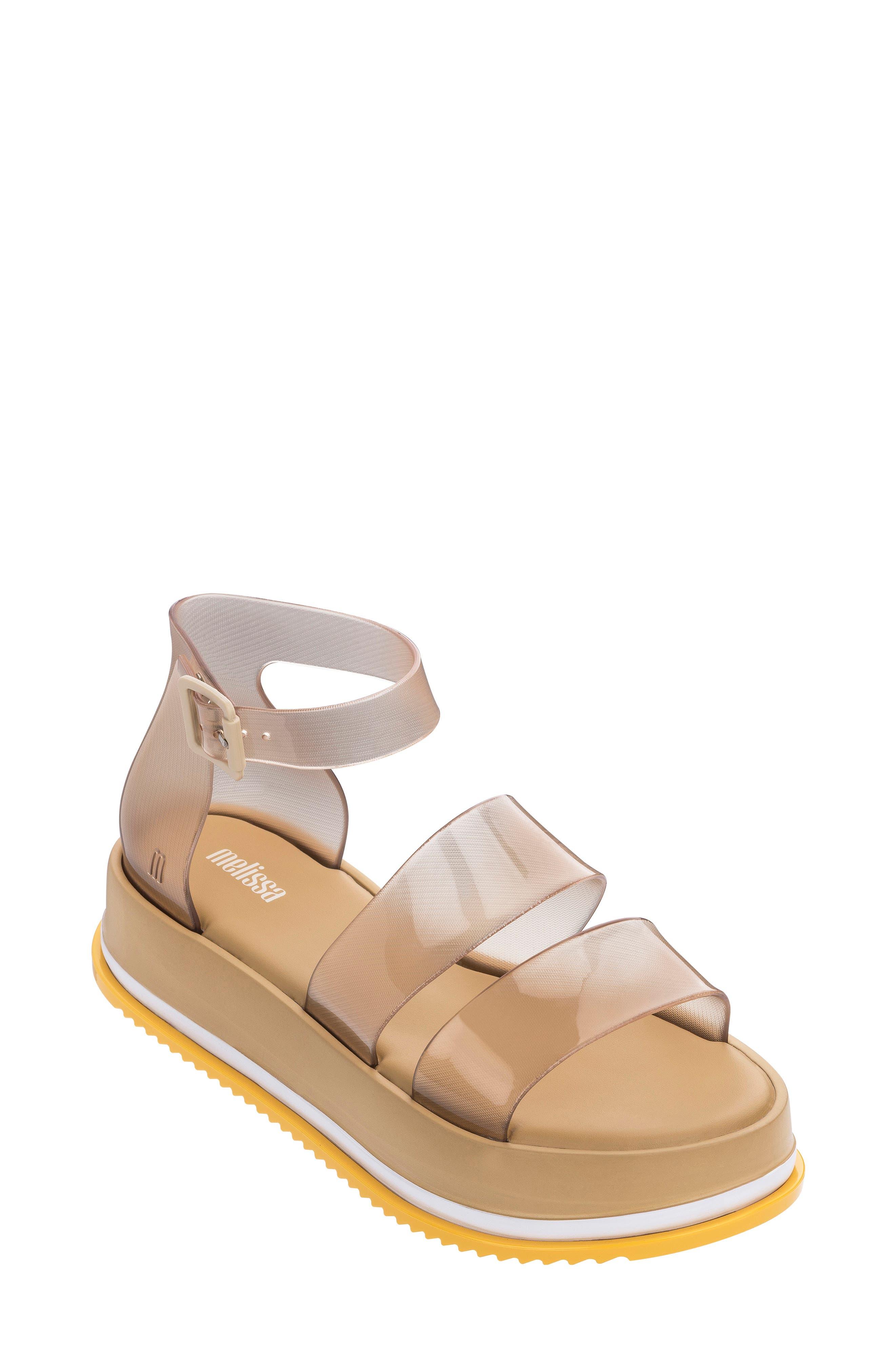 Model Platform Sandal