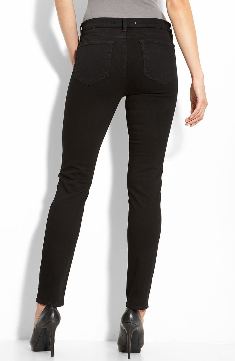 J BRAND '811' Mid-Rise Skinny Jeans, Main, color, 001