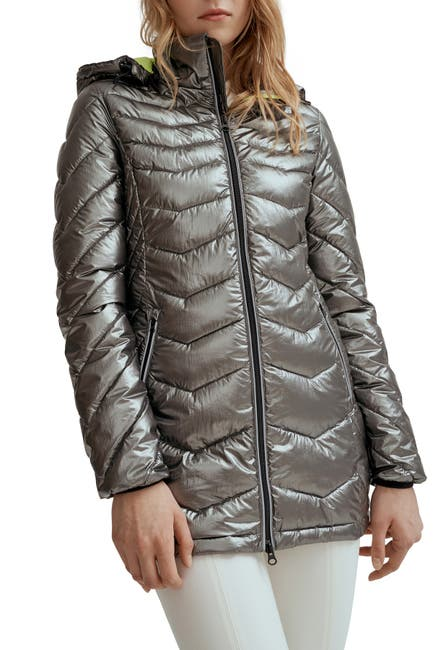 Image of NOIZE Claire Quilted Ultra Lightweight Jacket