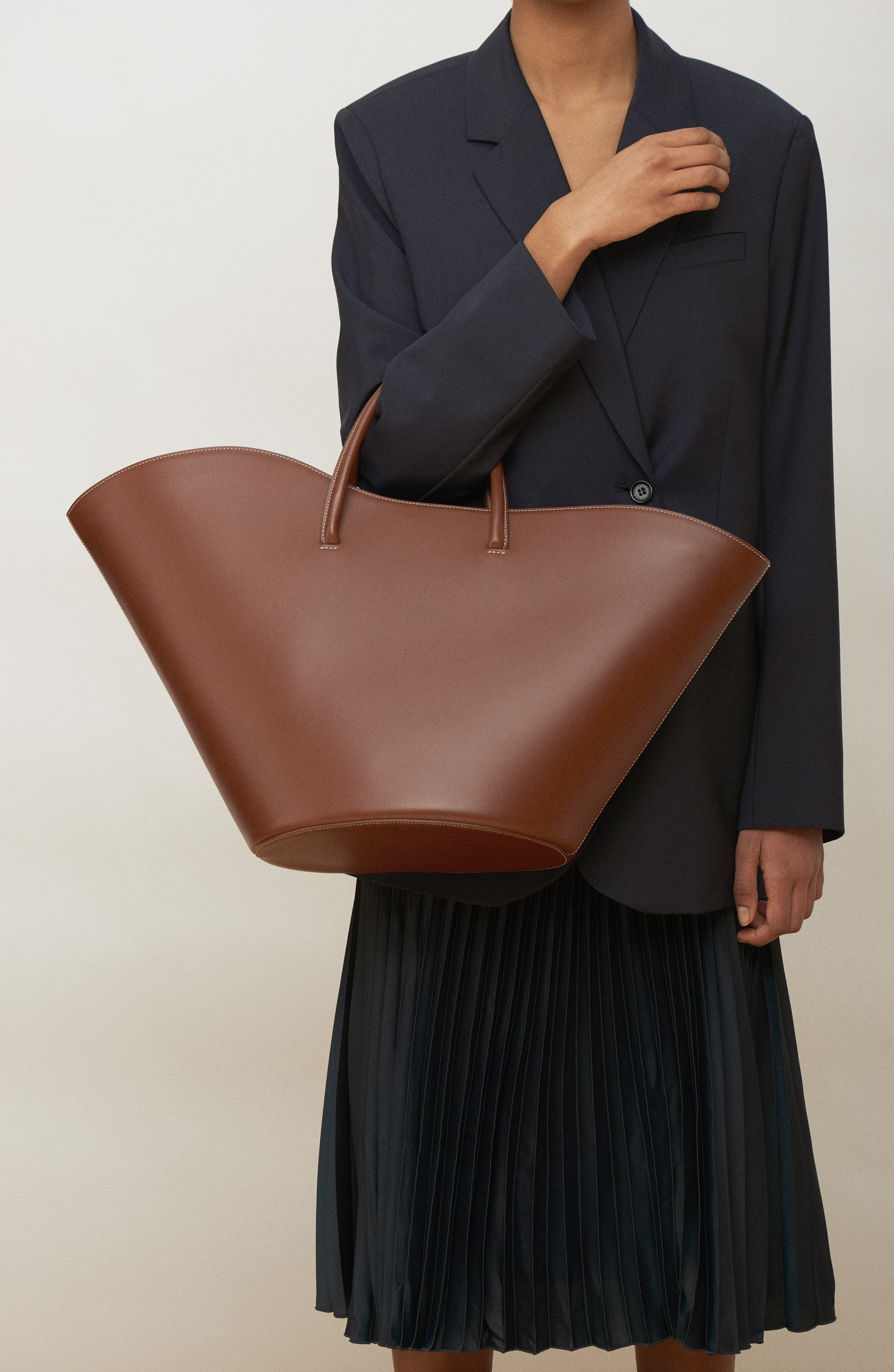 Large Tulip Leather Tote