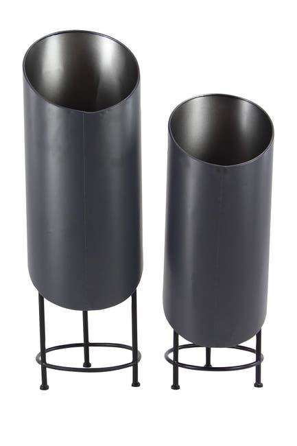 Image of Willow Row Black Modern Metal Plant Stand - Set of 2