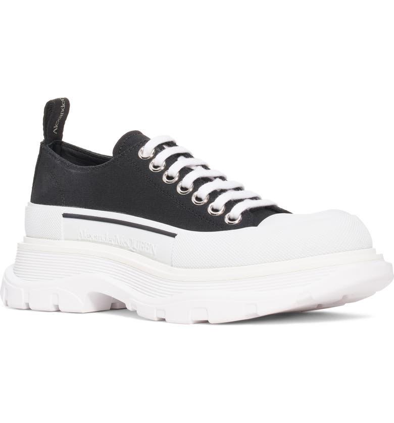 ALEXANDER MCQUEEN Tread Slick Low Top Sneaker, Main, color, BLACK/ WHITE