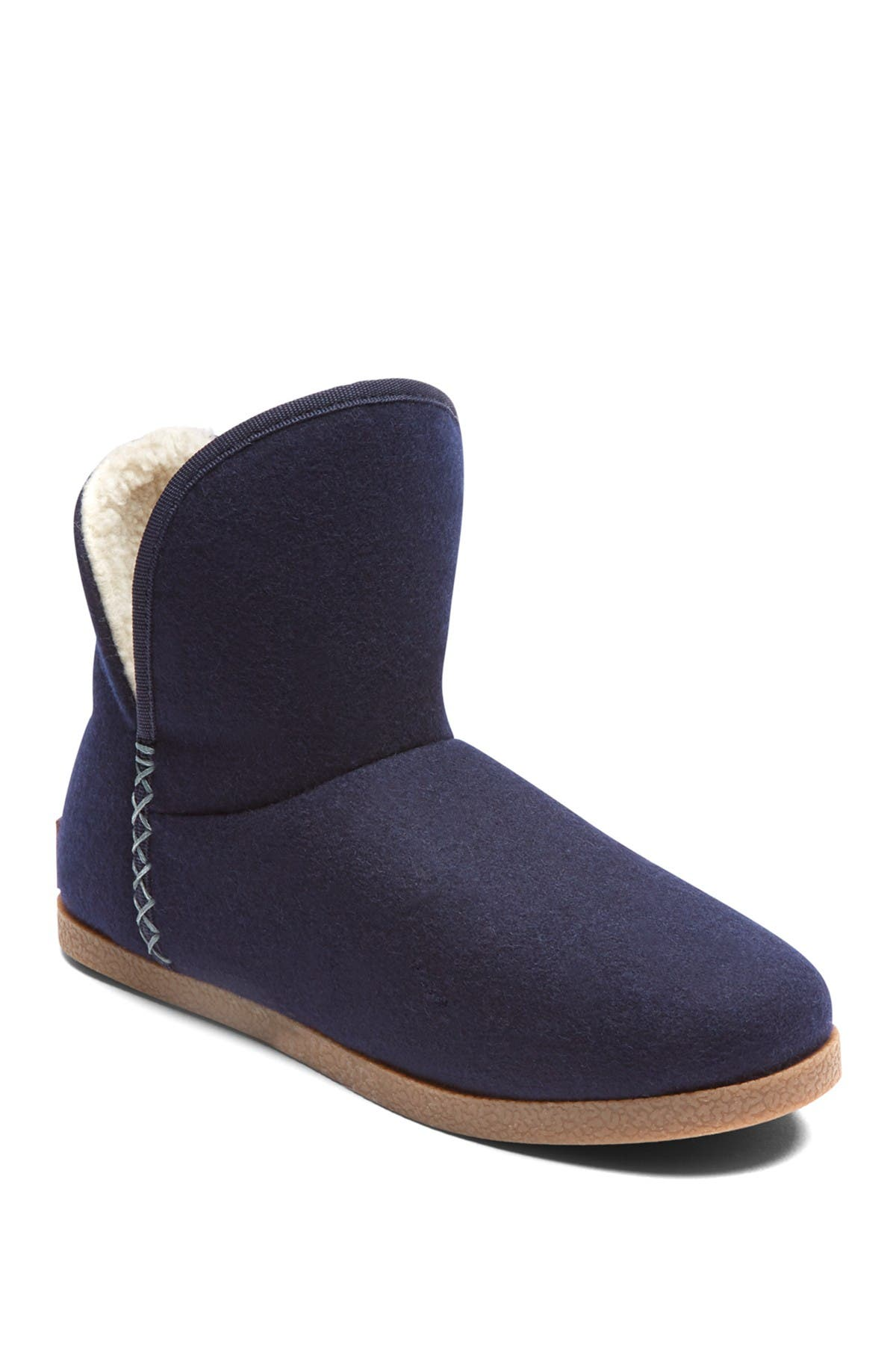 Image of Rockport truTECH Veda Faux Fur Lined Slipper Boot