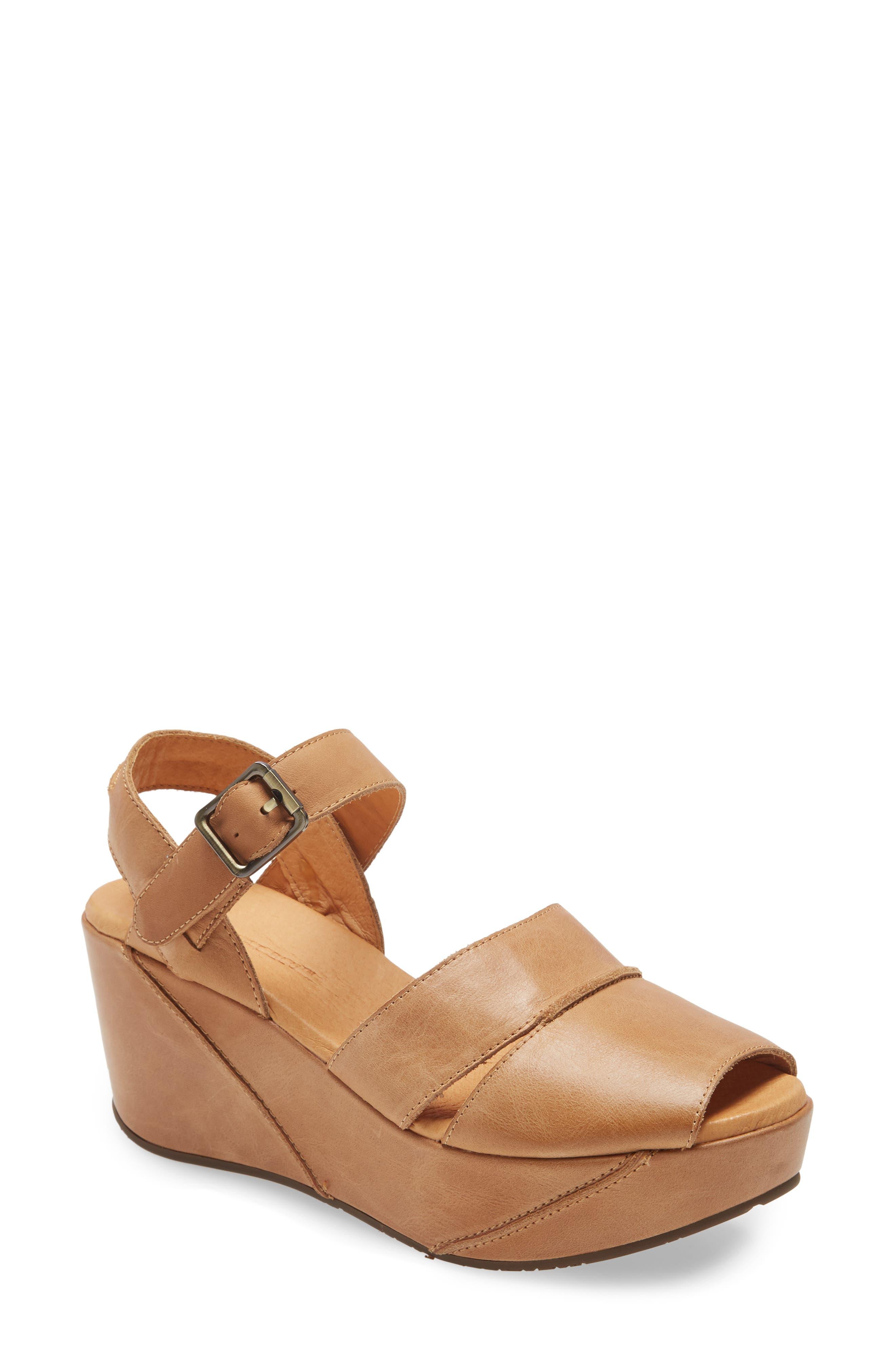 Women's Chocolate Blu Yaz Leather Wedge Sandal