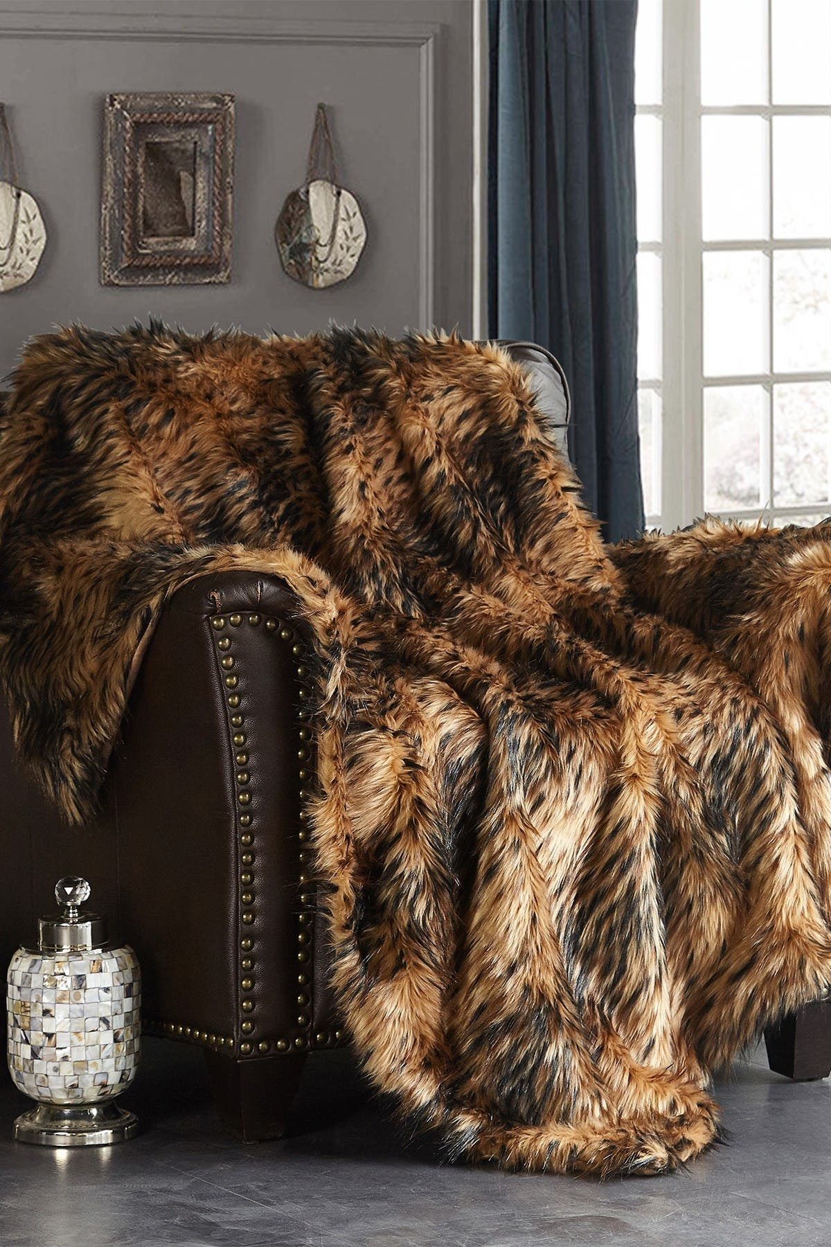 """Image of Chic Home Bedding Piolo Two-Tone Faux Fur Blanket - 50"""" x 60"""" - Gold"""