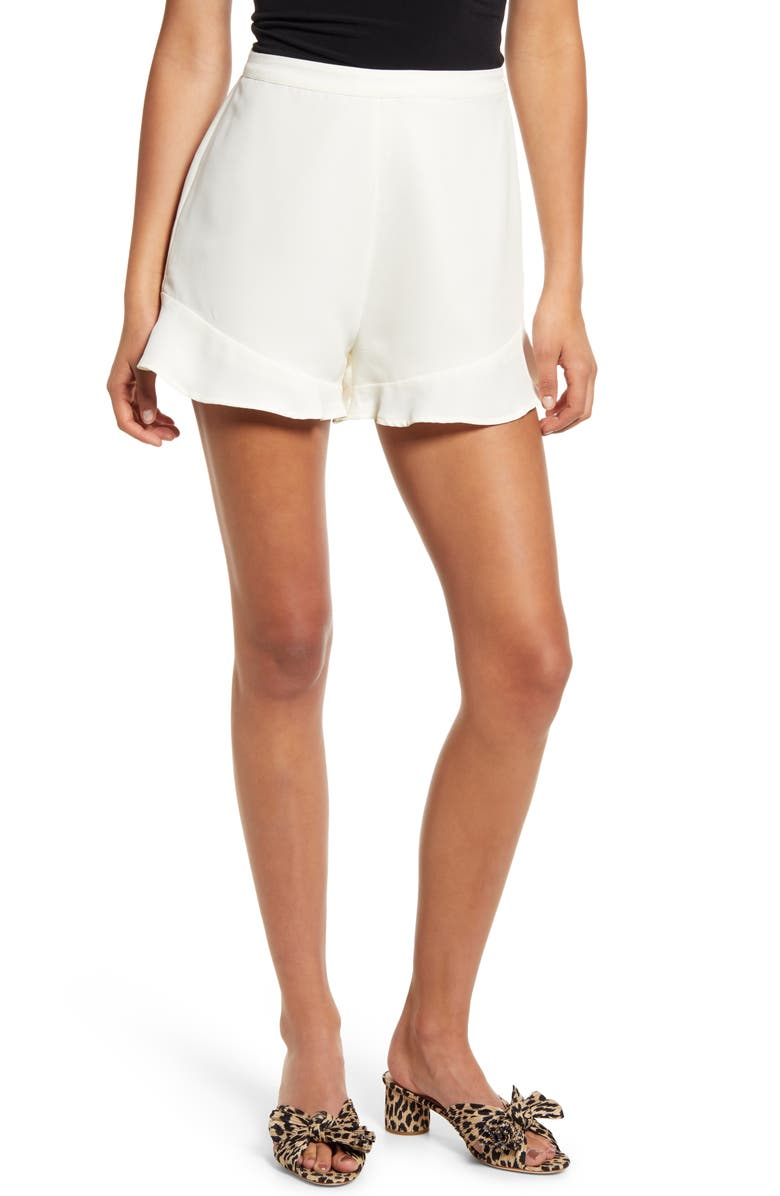 Cupcakes And Cashmere The Lancer Flounce Hem Shorts