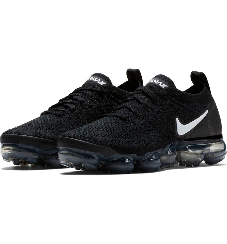 buy online dec25 3f942 Air VaporMax Flyknit 2 Running Shoe