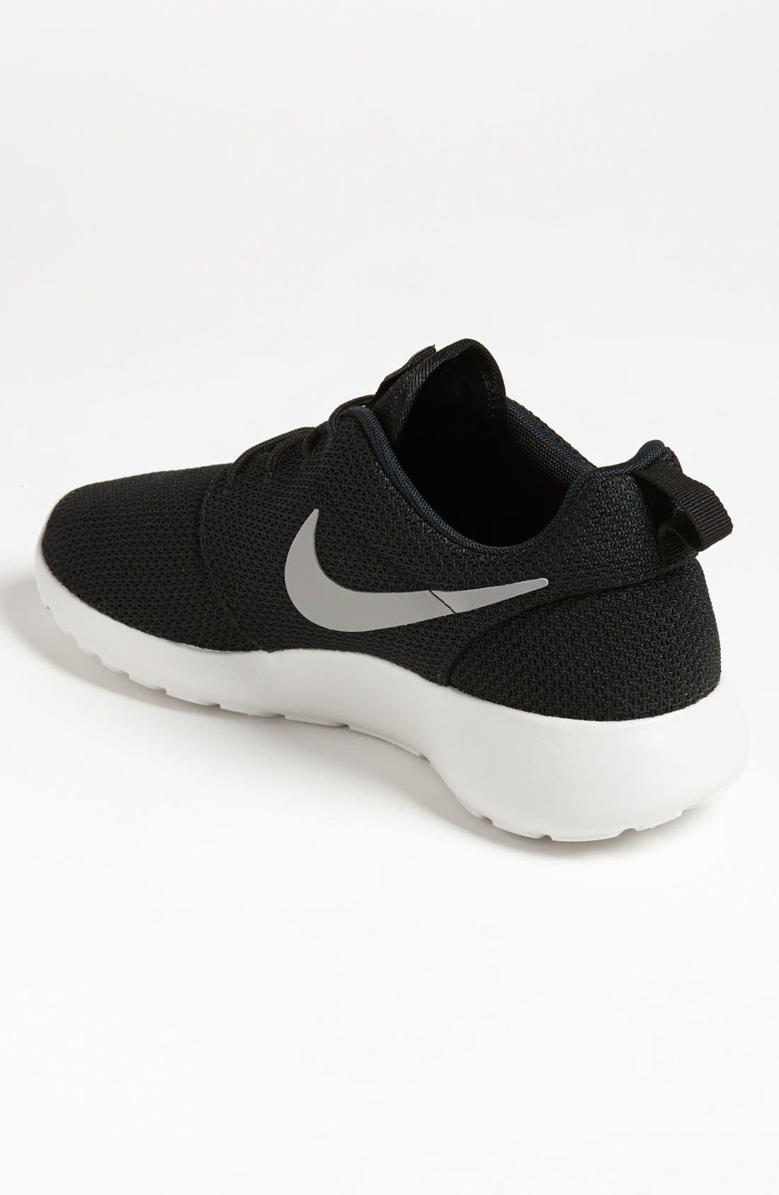 ,                             'Roshe Run' Sneaker,                             Alternate thumbnail 3, color,                             004
