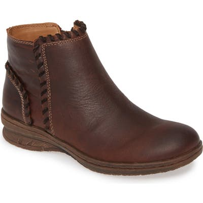 Comfortiva Falston Bootie, Brown