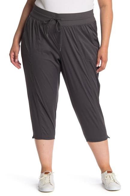 Image of The North Face Aphrodite Motion Capri Pants