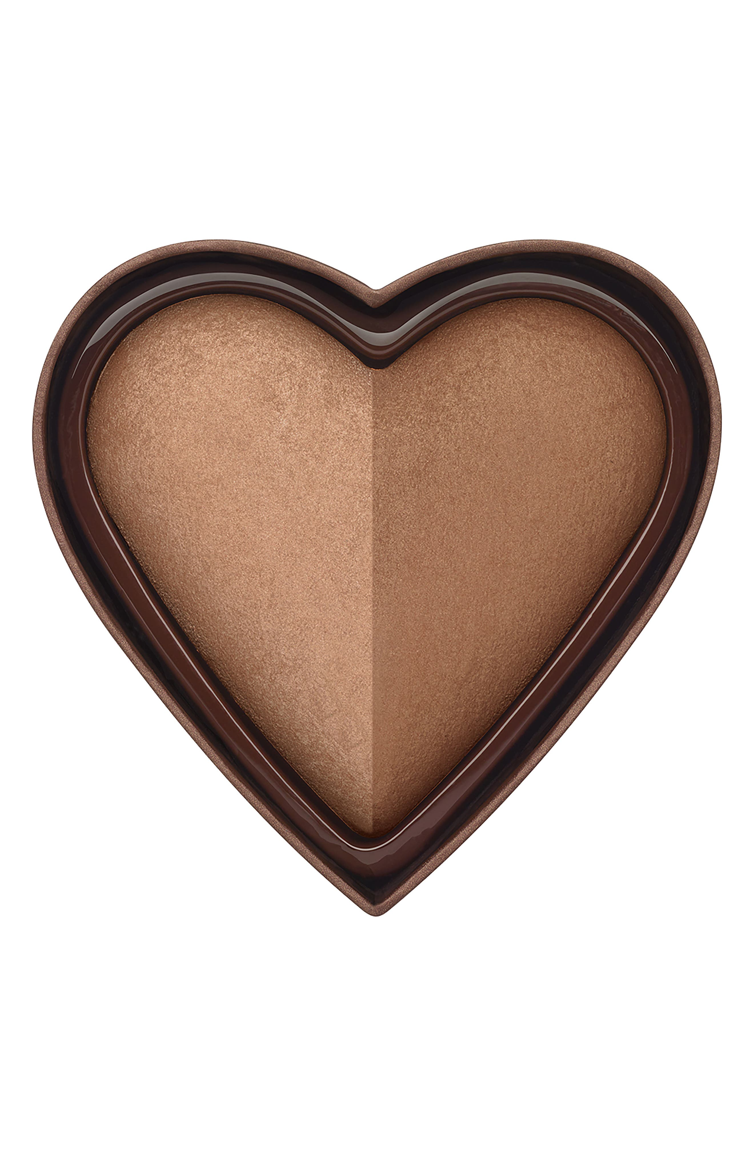 What it is: A baked, heart-shaped bronzer with two glowing shades that blend to create the perfect bronze for any skin tone. What it does: The multidimensional, radiant bronzer features two shades that can be used together or alone for a luminous, contoured bronze. Developed with easy application and a no-fail color palette in mind, Sweethearts takes the guesswork out of creating a sweet, romantic bronzed flush that\\\'s multidimensional and works