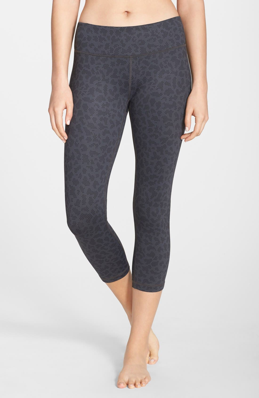 ,                             Live In Streamline Reversible Capris,                             Main thumbnail 35, color,                             050