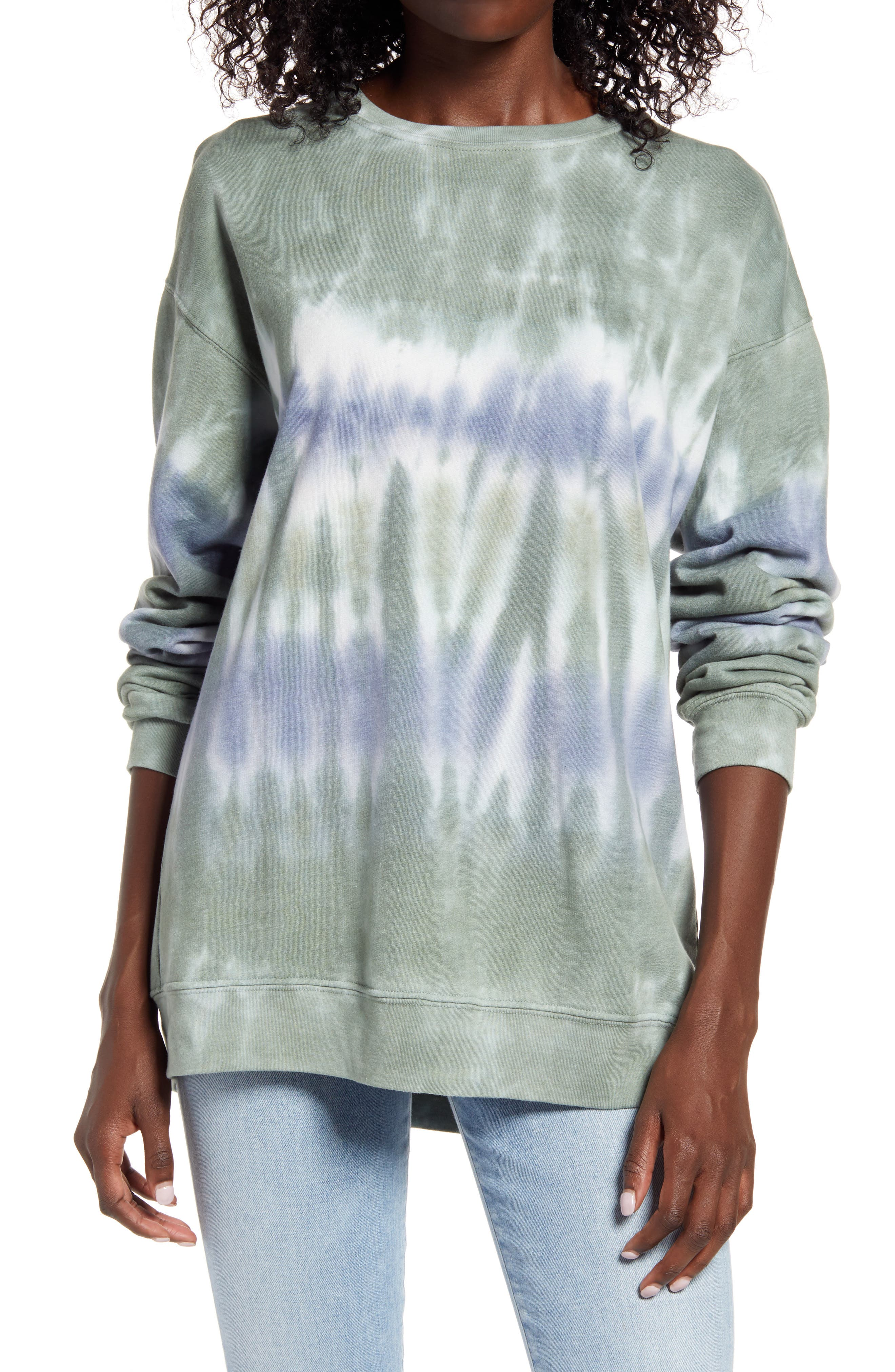 Ever-popular tie dye pops vibrant color into your off-duty look in this cotton-blend sweatshirt you\\\'ll want to wear all weekend. When you buy Treasure & Bond, Nordstrom will donate 2.5% of net sales to organizations that work to empower youth. Style Name: Treasure & Bond Tie Dye Cotton Blend Sweatshirt. Style Number: 5943198. Available in stores.