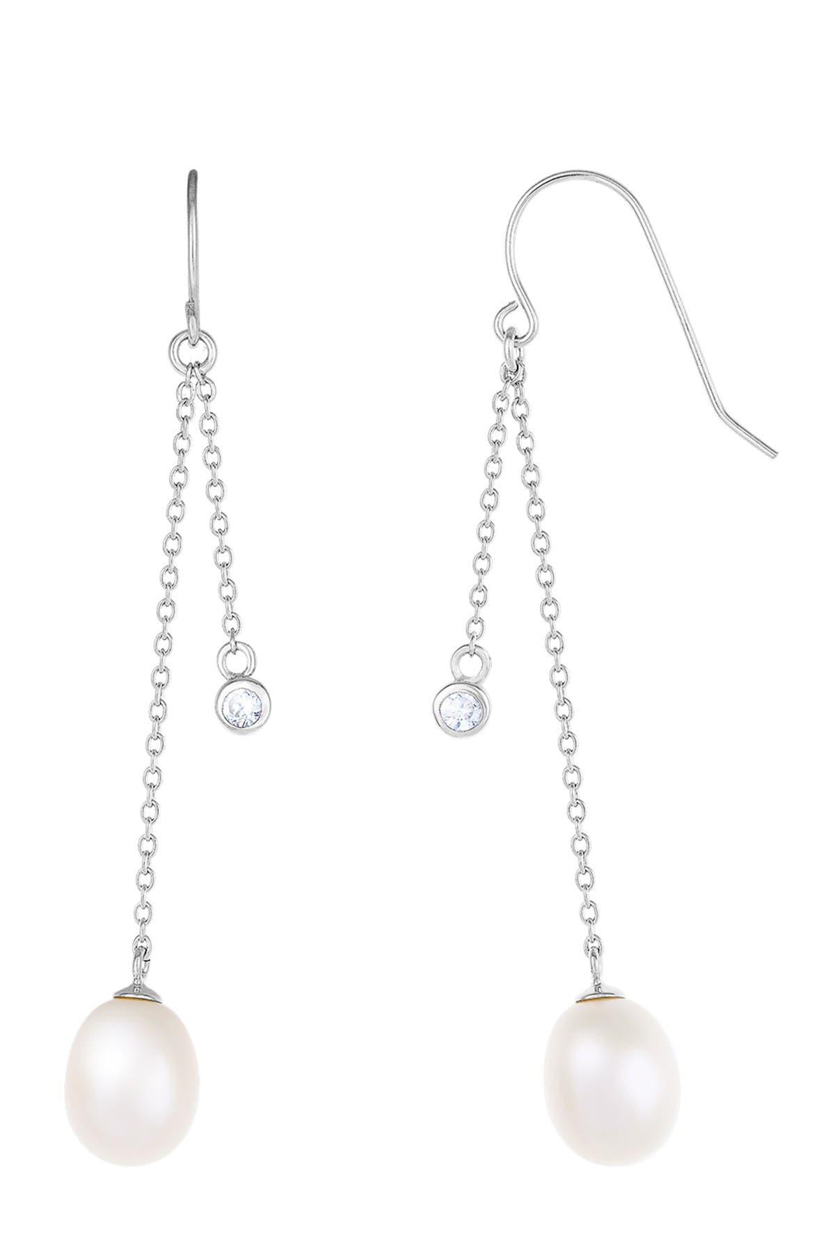 Image of Splendid Pearls Dangling Silver Pearl Earrings