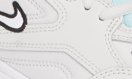 104 WHITE/WHITE