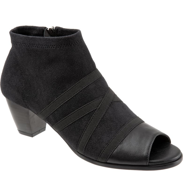 TROTTERS Maris Bootie, Main, color, BLACK LEATHER