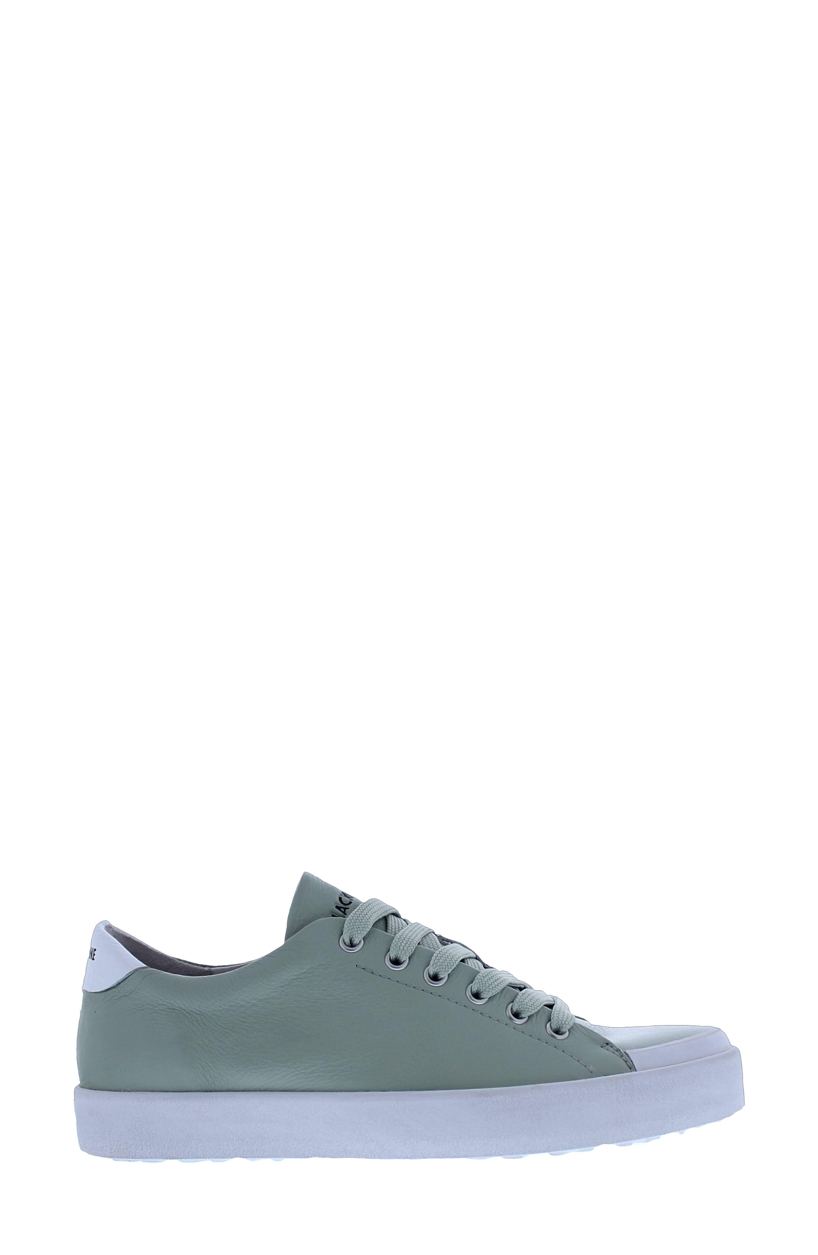 Tw61 Low Top Sneaker
