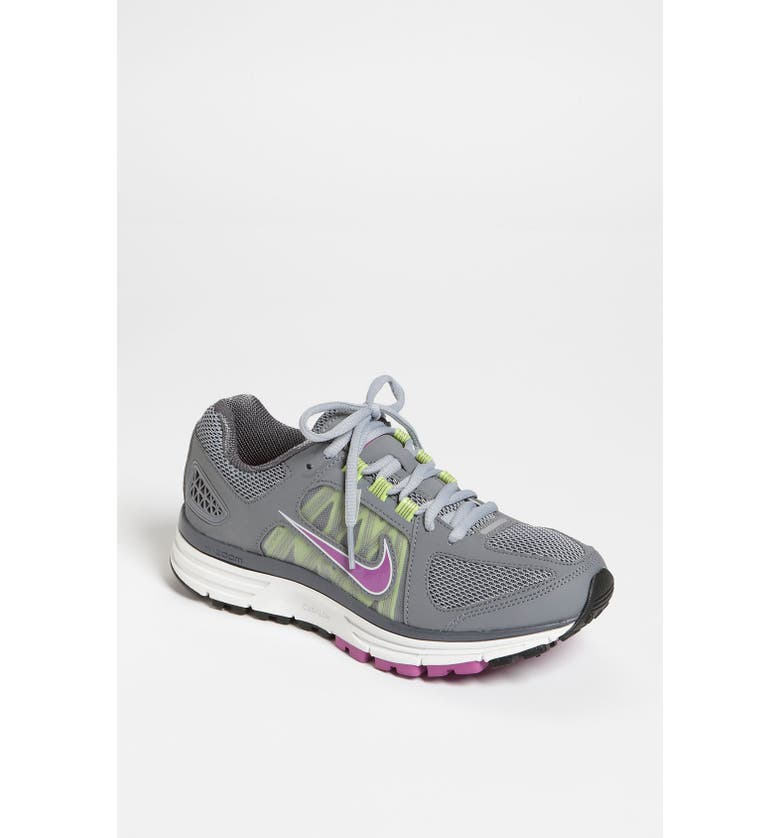 'Zoom Vomero+ 7' Running Shoe