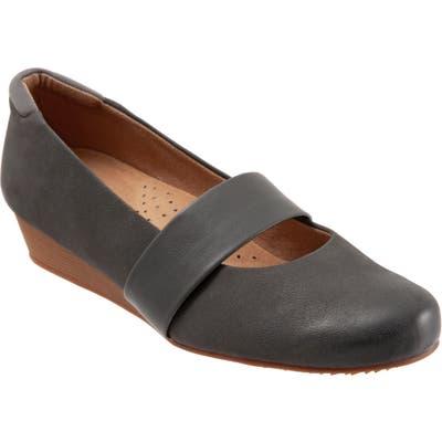 Softwalk Winona Mary Jane Wedge, Grey