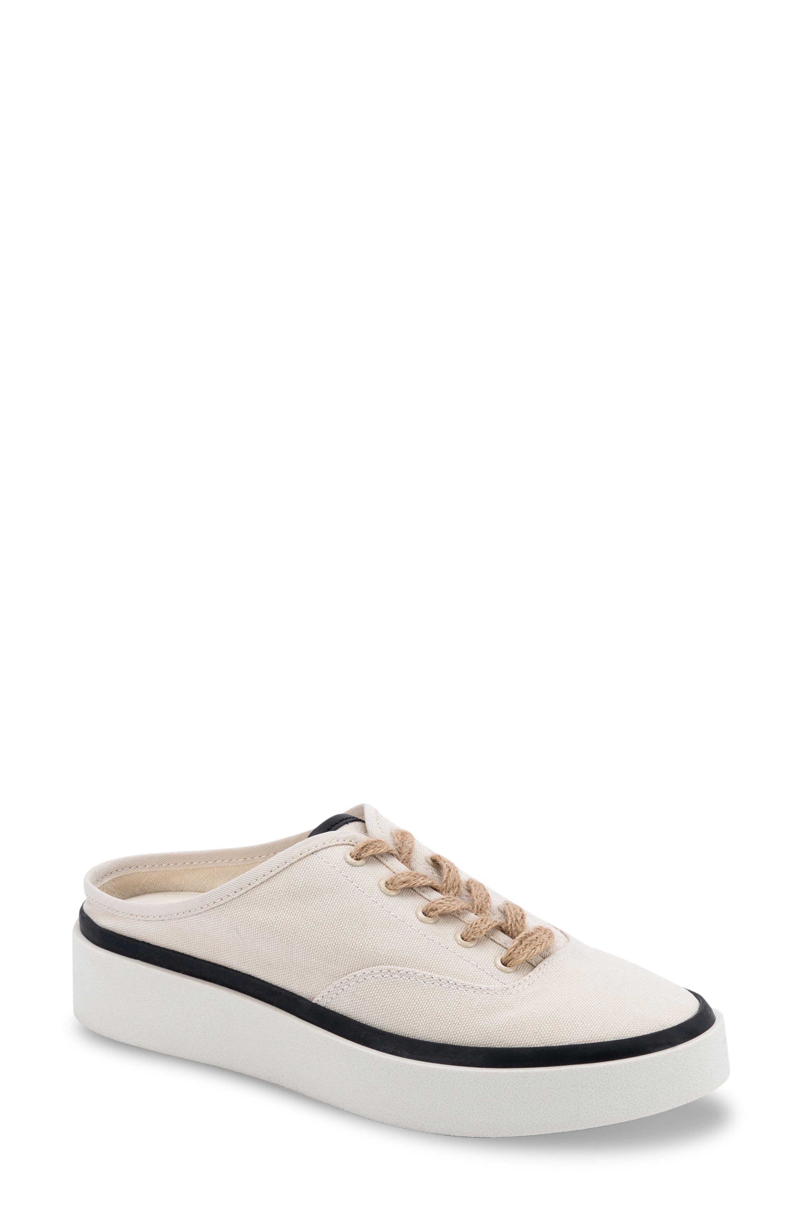 Vanie Sneaker