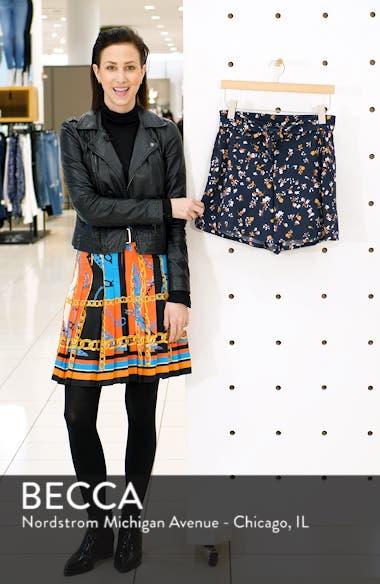 Tie Front Floral Print Shorts, sales video thumbnail