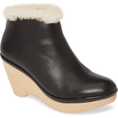 Gentle Souls By Kenneth Cole Skylar Genuine Shearling Cuff Bootie- Black