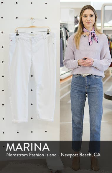 Boyfriend Jeans, sales video thumbnail