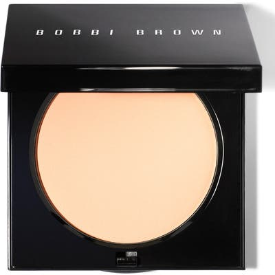 Bobbi Brown Sheer Finish Pressed Powder - #02 Sunny Beige