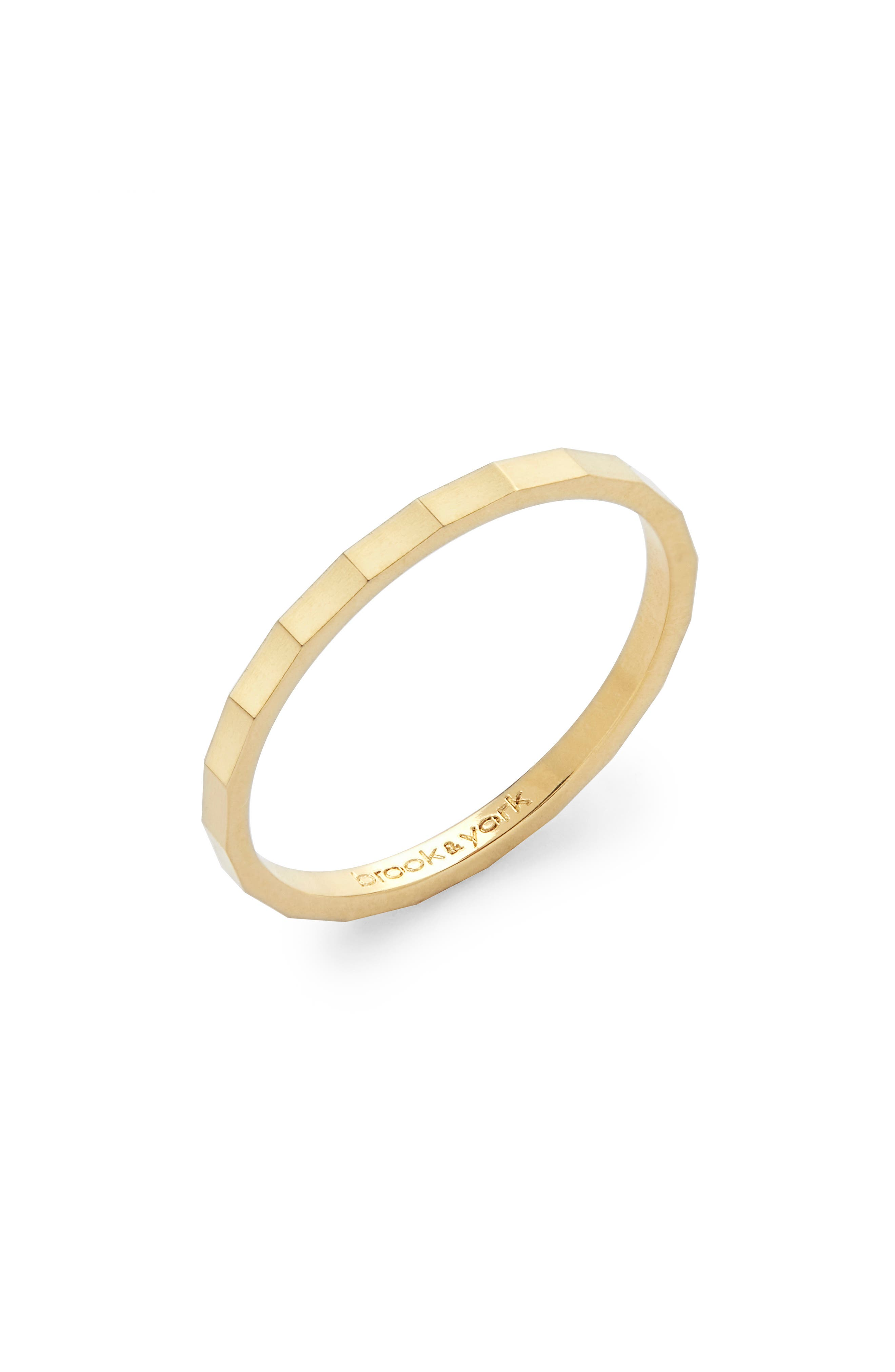Lucy Band Ring