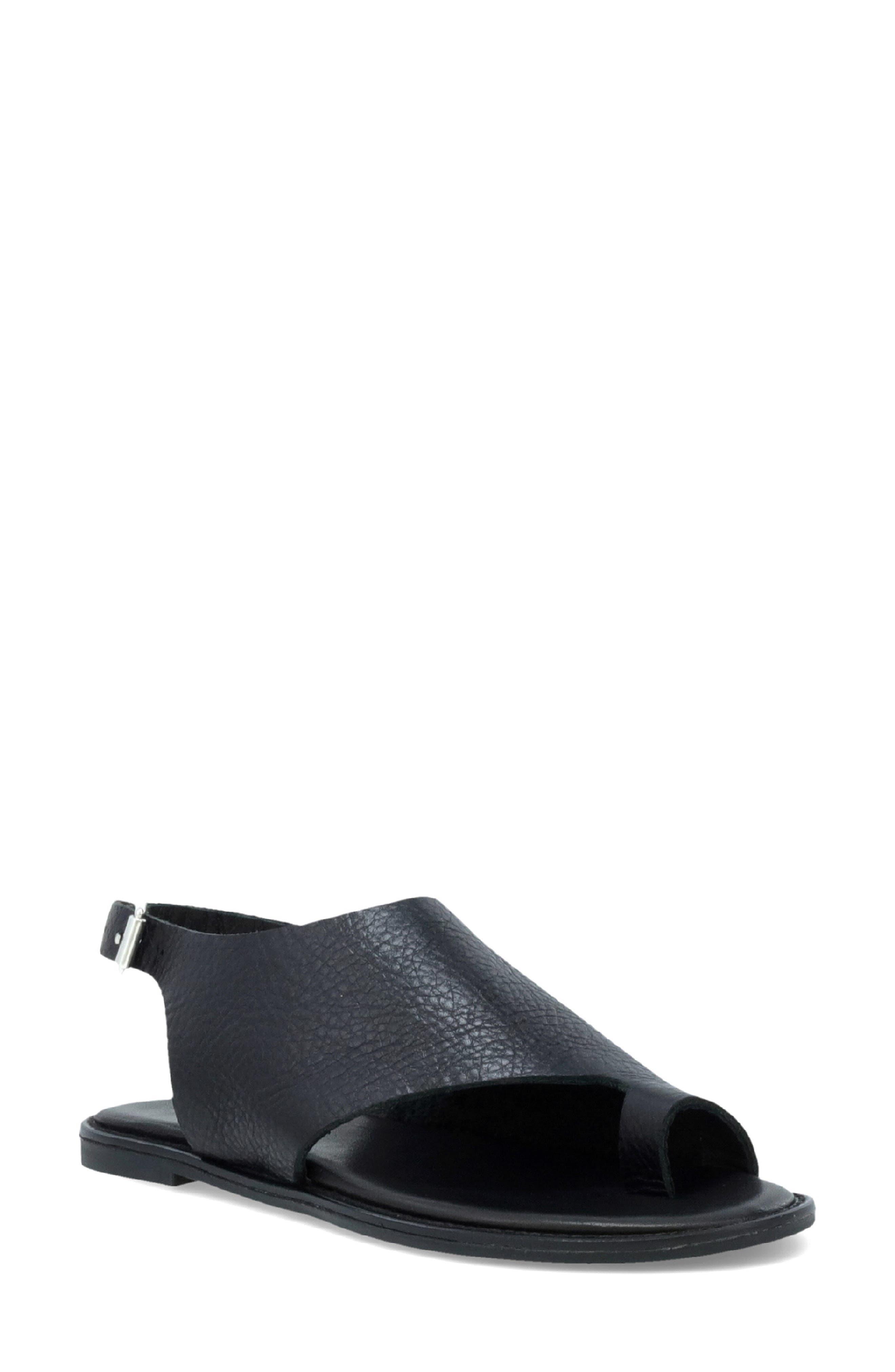 Faye Toe Loop Sandal